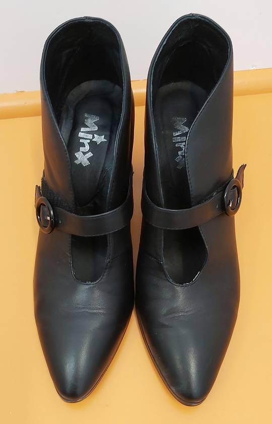 Minx Black Shoes