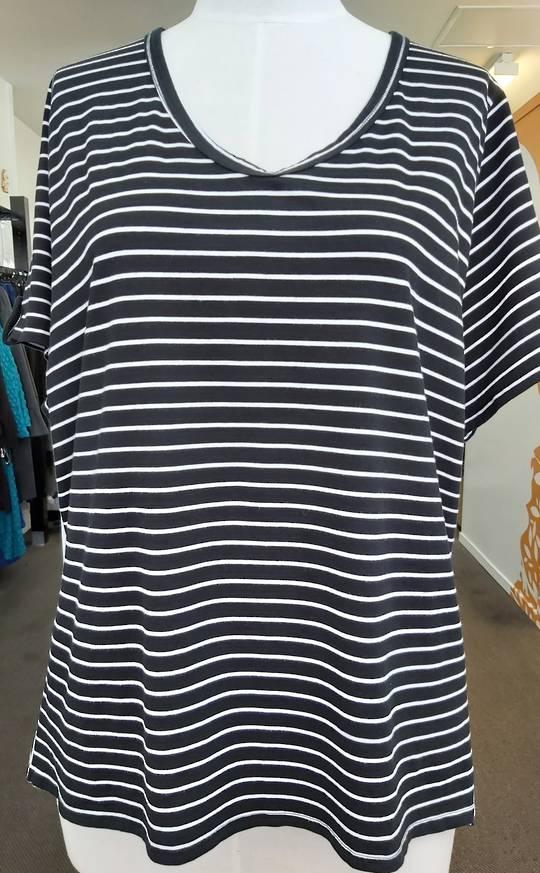 K & K Stripe Tee Shirt