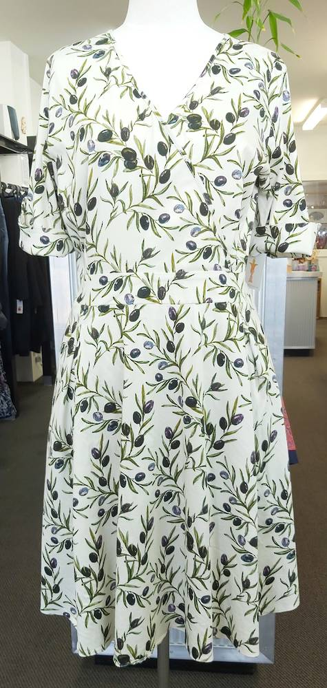 Lady Voluptuous Crossover Dress