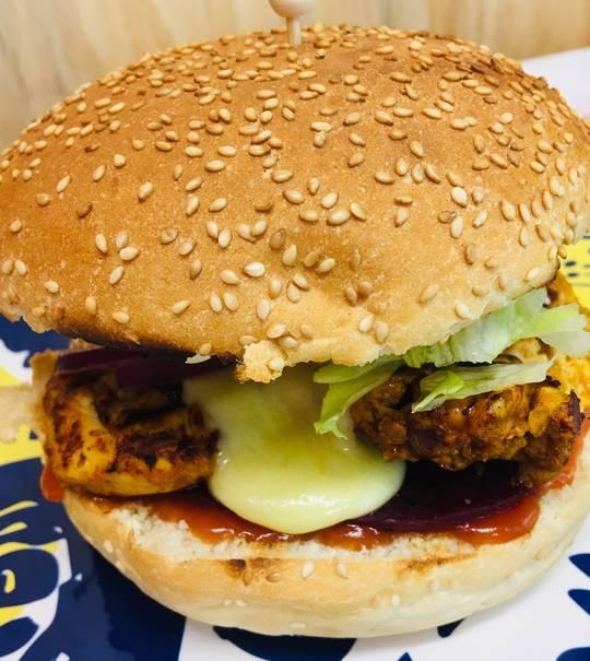 Cheesy Chicken Burger