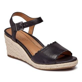 Vionic Women's Stephany Wedge