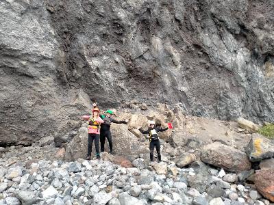Penguin team surveying as part of Horomaka korora 2020