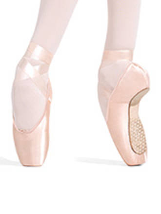 1143W Ava strong Shank Pointe shoes by Capezio