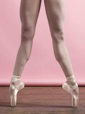 1133-Airess Tapered Pointe Shoe