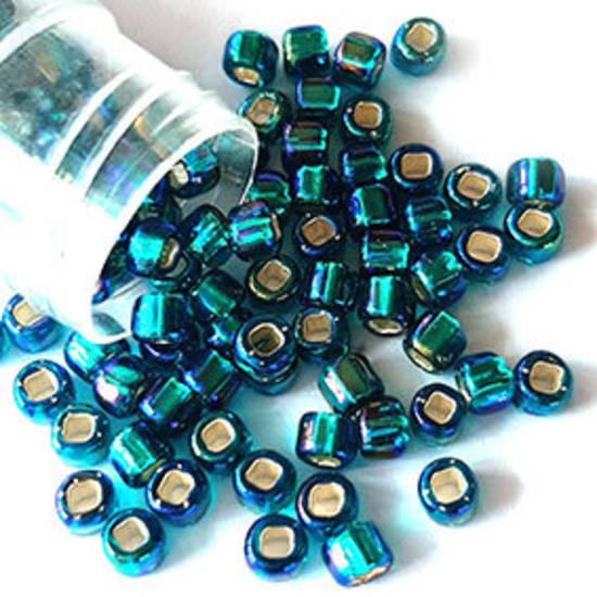 Matsuno size 6 round: 643 - Indicolite AB, silver lined