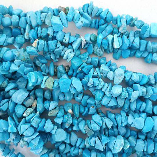 Turquoise Blue Howlite Chips: 42cm strand