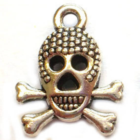 Metal Charm: Grinning Skull - antique silver