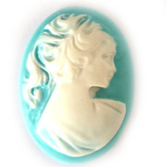Cameo Cabochon: Turquoise and white oval 28x38mm, classical female head
