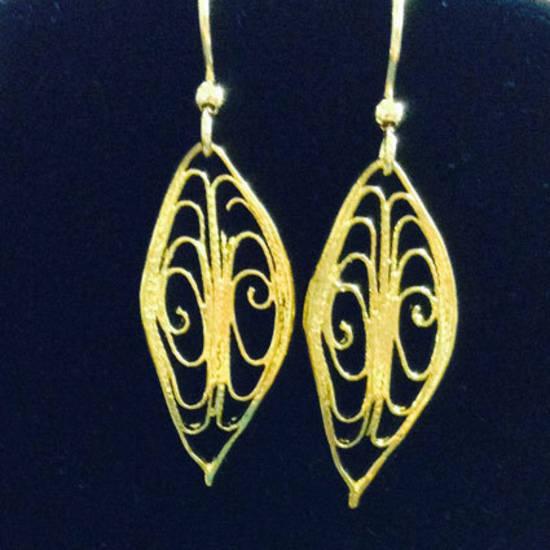 EARRINGS: Filigree Leaf, gold