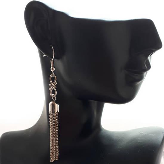 EARRING: Tassel with figure 8 - Silver