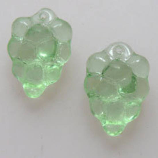 NEW! Glass grape Cluster, 10mm x 16mm - Lt Green