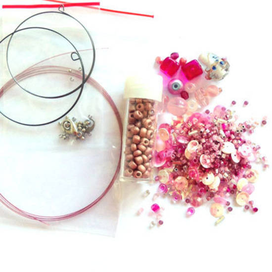 Youth Bead and Finding Pack: Pink with vintage pink feature seeds