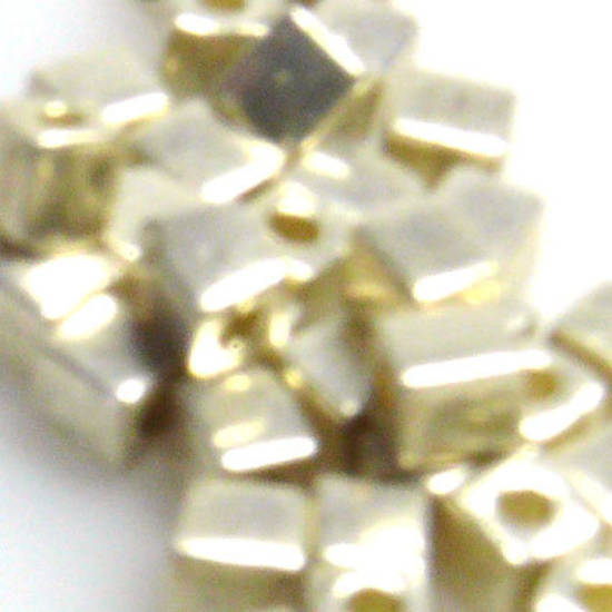 4mm Miyuki Square: 1051 - Silver metallic