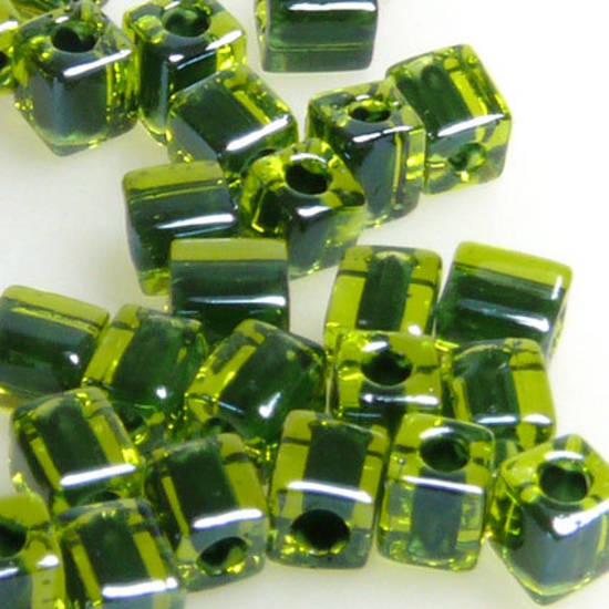4mm Miyuki Square: 2637 - Green/Lime, colour lined
