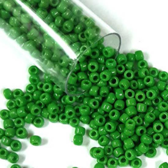 Matsuno size 11 round: 411 - Grass Green Opaque