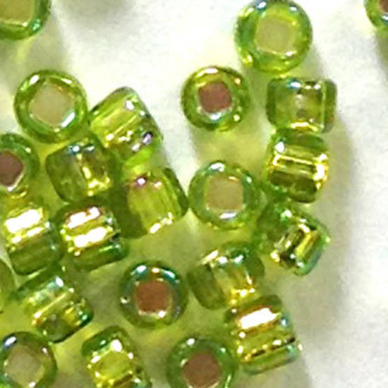 Matsuno size 11 round: 643A - Lime AB, silver lined