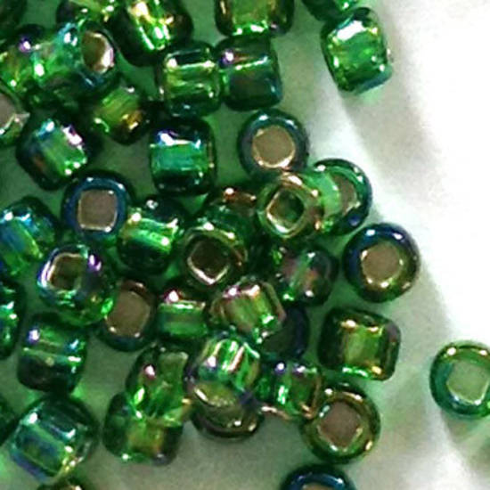 Matsuno size 11 round: 646 - Green AB Shimmer, silver lined