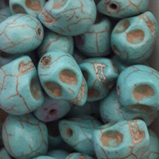 Howlite Skull: Small - Turquoise