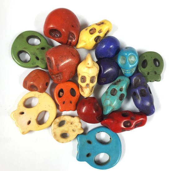 Howlite Skull Mix (20 beads) - Brights