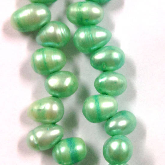 NEW! 40cm Freshwater Pearl Strand: Mint Green oval, 6 x 10mm
