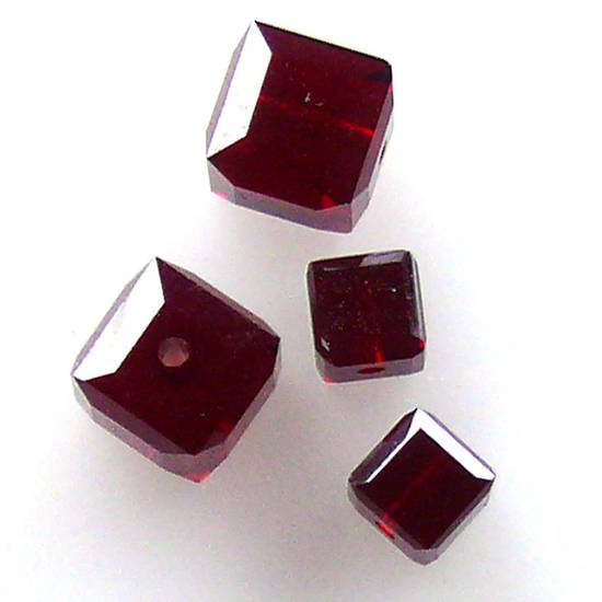 6mm Swarovski Crystal Cube, Garnet