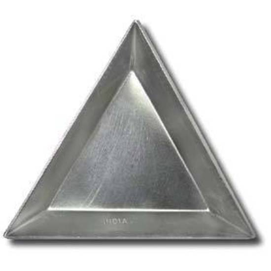 Metal Triangle Scoop