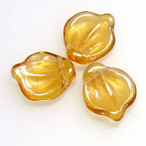 Fat Curved Leaf, 12mm x 15mm - Amber