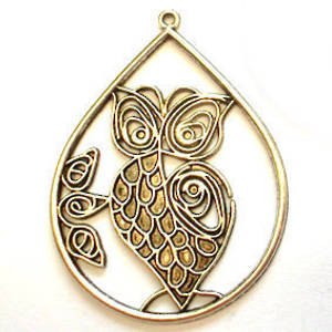Metal Charm: Filigree Owl in surround - antique silver