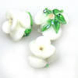 Lampwork Bud Flower, 12mm - White