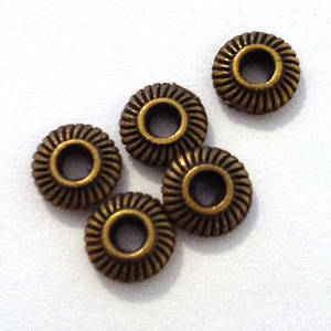 Metal Spacer: Brass with lined edge, 5mm