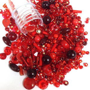 Seed Bead Mix, 15gm - PAINT THE TOWN RED