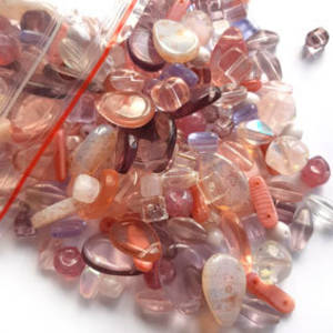 Pressed Glass Bead MIX: Vintage Pink