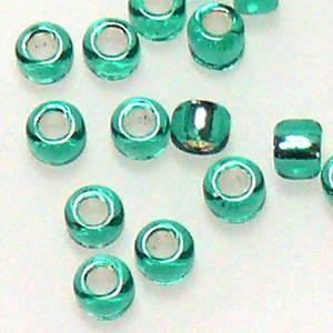 Matsuno size 11 round: 17D - Emerald, light silver lined