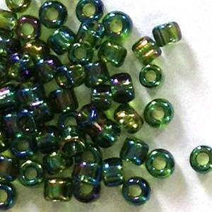 Matsuno size 11 round: 298 - Green Iris, transluscent