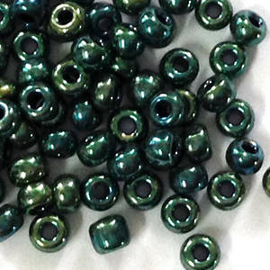 Miyuki size 11 round: 4620 - Green/Gold Iris Shimmer