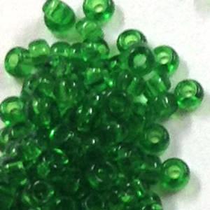 Miyuki size 15 round: 146 - Emerald, transparent