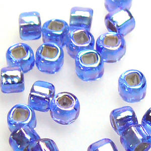 Matsuno size 8 round: 642 - Sapphire Shimmer, silver lined