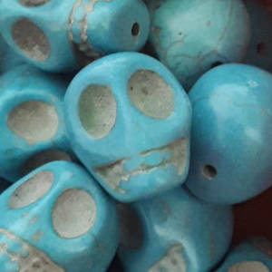 Howlite Skull: Large - Turquoise