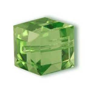 8mm Swarovski Crystal Cube, Peridot