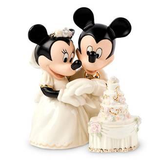 Mickey & Minnie Dream Wedding Cake