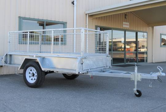 Safari 8x4 Single Axle Box Trailer Incl 600mm Cage