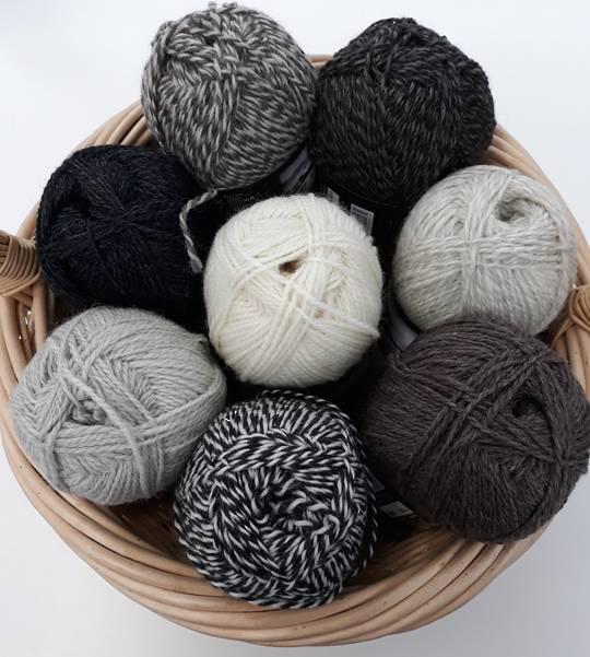 C/W Natural Wool Yarns 14 Ply