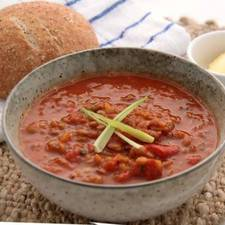 Tomato, Roast Pepper & Lentil Soup