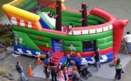 Pirate_Ship_for_Birthday_Party_with_climb_and_slide_2.JPG