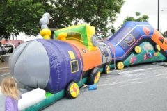 ROCKUP__Chuggy_Inflatable_Train_Tunnel.jpg