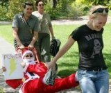 Amazing_Race_Santa_sleigh_2_1.JPG