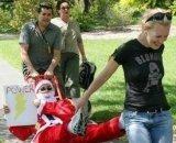 Amazing_Race_Santa_sleigh_2_1_1.JPG