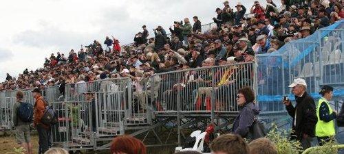 2011_Airshow_Scaffold_Grandstand_2.jpg