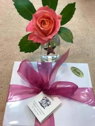 Rose Vase & Scilla Chocolates