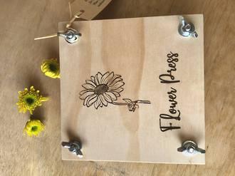 Small Flower Press